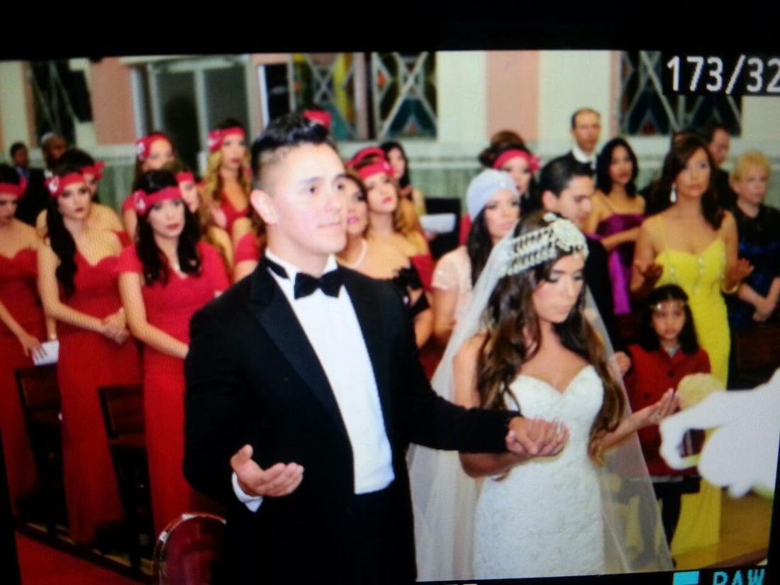 Look de boda de día: ¡todo al rosa!   La Boda Del año